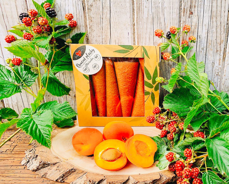 Meruňková ovocná placka